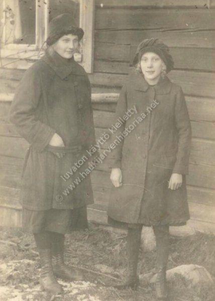 Fanni söderling ja Eeva Peltoniemi
